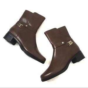 Blondo • Waterproof Brown Leather Short Booties